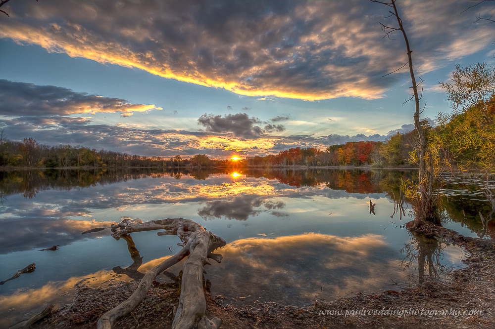 Saunders Pond SunsetWildlife photography not your thing? Understanding camera functions and settings are equally important to better images in landscape photography. Landscape photography workshops are also available.